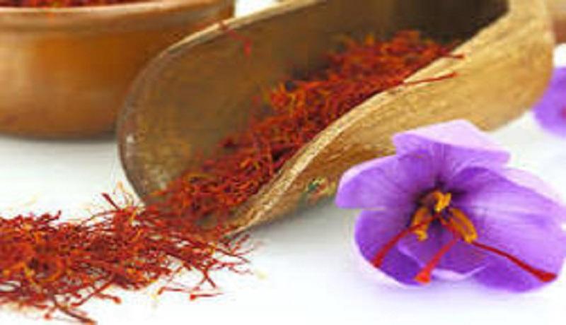 بازار زعفران در ابهام به سر میبرد/ پیش بینی تولید ۵۰۰ تن زعفران