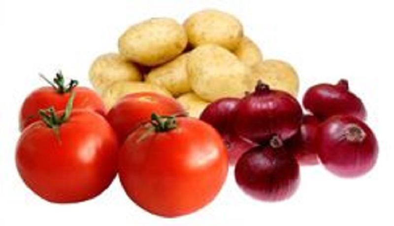 قیمت گوجه فرنگی و پیاز صدر نشین بازار/ نرخ گوجه فرنگی تا ۲۰ آذر متعادل میشود